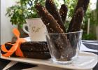 Κριτσίνια κρασιού με χαρουπάλευρο Creta Carob, καρότο και σουσάμι, από την Ιωάννα Σταμούλου και το sweetly!