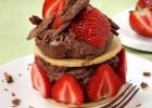 Ατομικές σεράνο με μπισκότα βουτύρου και φράουλες, από τον Γιάννη Αποστολάκη και το icookgreek.com!