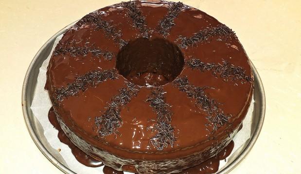 Νηστίσιμο κέικ πορτοκάλι σοκολάτα, από την Σόφη Τσιώπου!