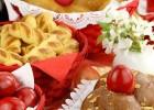 Τσουρέκι ή Κουλούρια (Το γλυκό δίλημμα του Πάσχα), από την Αθηνά Ρούντου, Κλινική Διαιτολόγο-Διατροφολόγο, Bsc, και το logodiatrofis.gr!