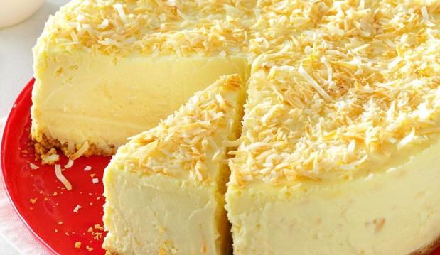 Για τους λάτρεις της καρύδας:  Υπέροχη, πανεύκολη τούρτα-παγωτό καρύδα με μπισκότα ΠΑΠΑΔΟΠΟΥΛΟΥ από το sokolatomania.gr!