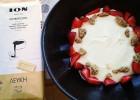 Mους λευκής κουβερτούρας ΙΟΝ με καφέ και φράουλες, από την Μίκα Παντελάκη και το ionsweets.gr!