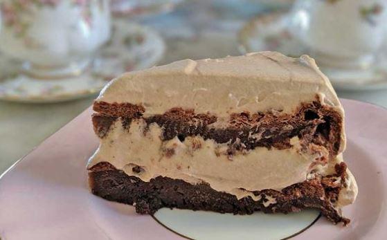 Υπέροχο γλύκισμα πραλίνας με 3 υλικά, από το sintayes.gr!
